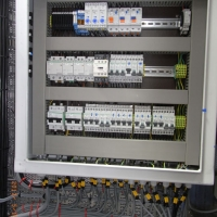 Switch and group distribution 230v